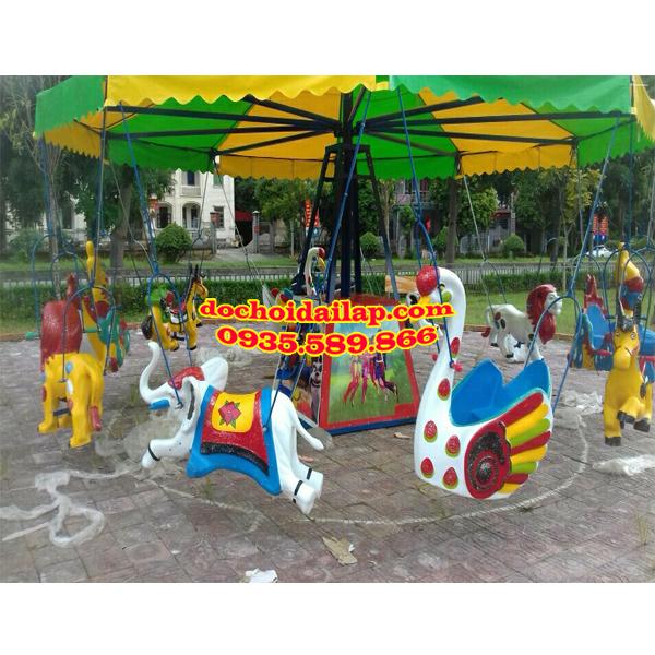 Trò chơi đu quay ngựa được sử dụng phổ biến ở các khu vui chơi giải trí